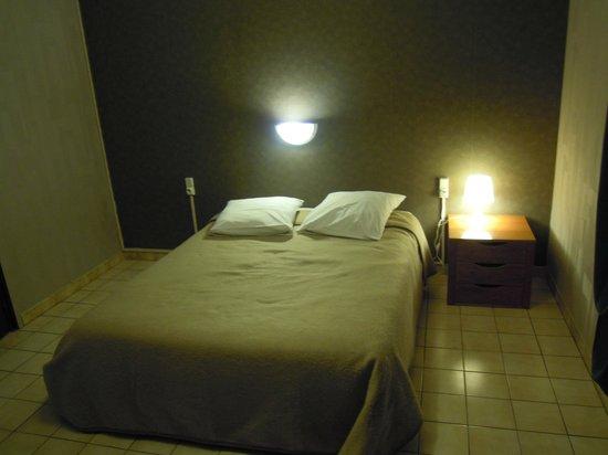 Motel Limoux: Habitación