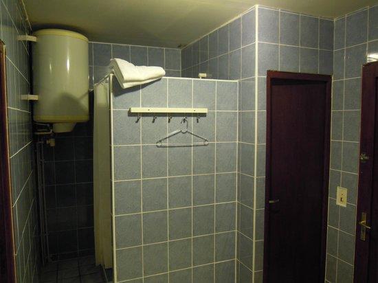 Motel Limoux: Baño