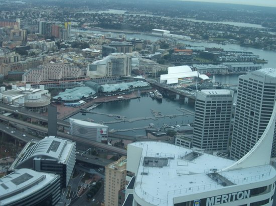 Meriton Suites World Tower Sydney Darling Harbour View