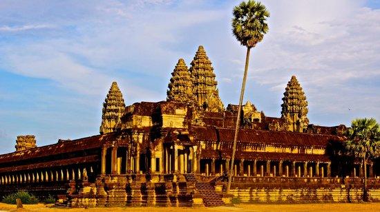 Picture of Angkor Wat from Kakada's tuk-tuk!