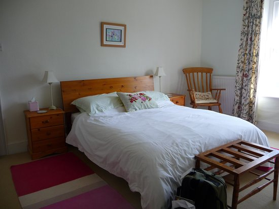 Corhampton Lane Farm: Comfortable bed