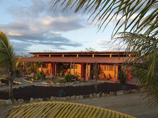 Buena Onda Beach Resort 사진