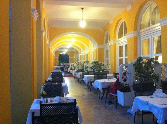 Hotel Kvarner Palace: veranda cena e colazione