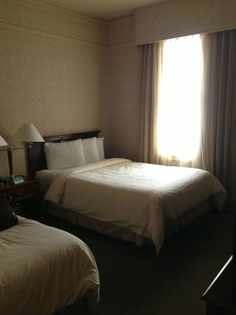 The Opal San Francisco : Large and comfortable double beds