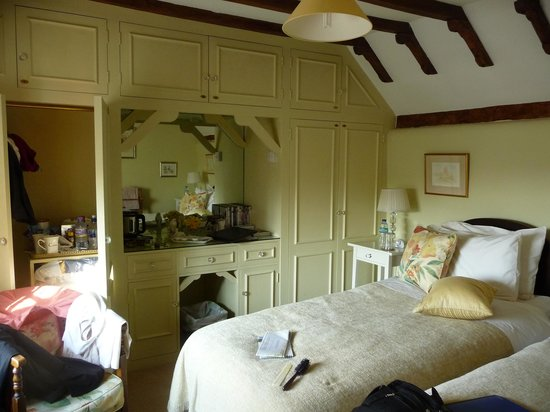The Thatched House Country B&B: My room