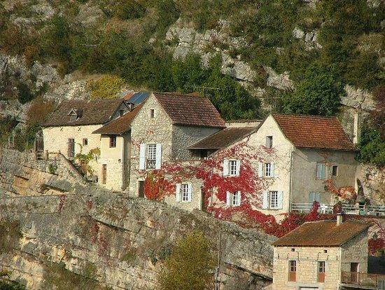 The ivy house larnagol france voir les tarifs et avis for The ivy house
