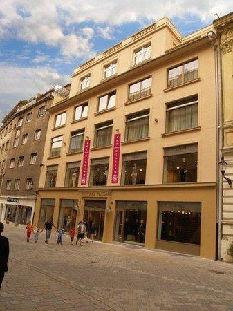 Photo of Art Hotel William Bratislava