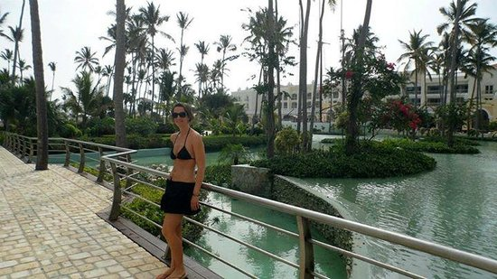 Iberostar Grand Hotel Bavaro: Walking into the resort from the reception lobby