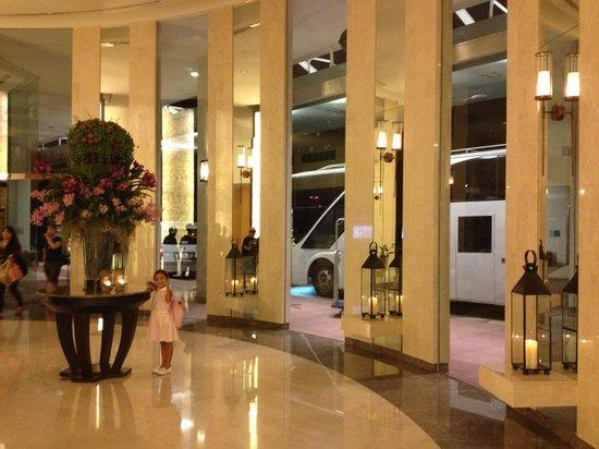 Chatrium Residence Sathon Bangkok: Lobby