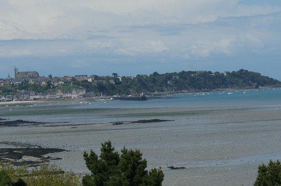 Les Maisons de Bricourt : Vue de la chambre sur la mer