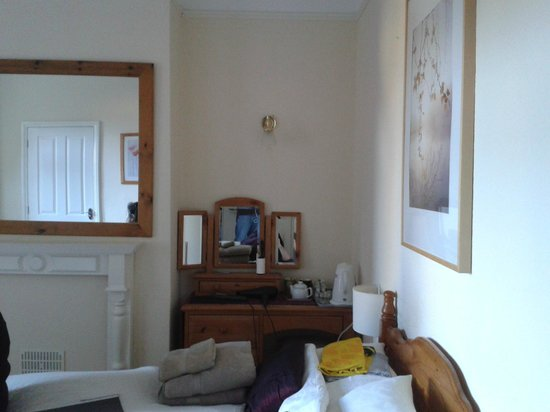 Harlequin Guest House : Room 6