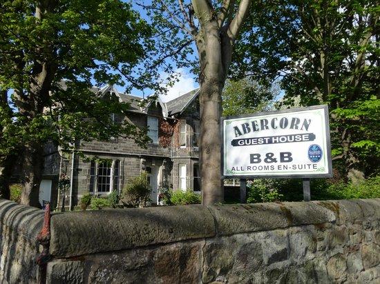 Abercorn Guest House: L'insegna