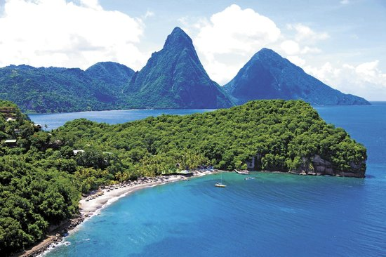 Jade Mountain Resort : Jade Mountain Saint Lucia is part of Anse Chastanet's 600 acre estate