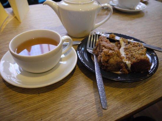 The Tea House: best carrot cake, good apple & cinnamon cake, & lapsang su chong