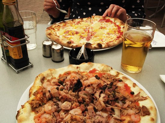 Villa Mare: The lovely pizzas