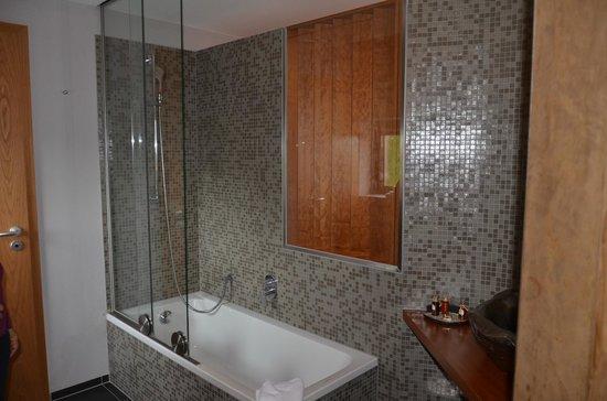 The Seven Hotel : notre salle de bain