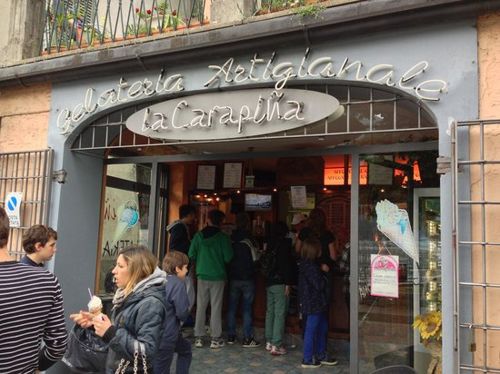 La Carapina: Delicious icecream in a place as beautiful as the picture book