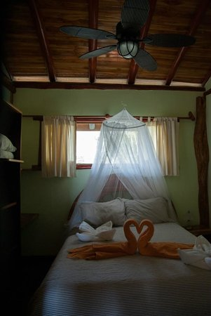 Samara Tree House Inn: slaapkamer