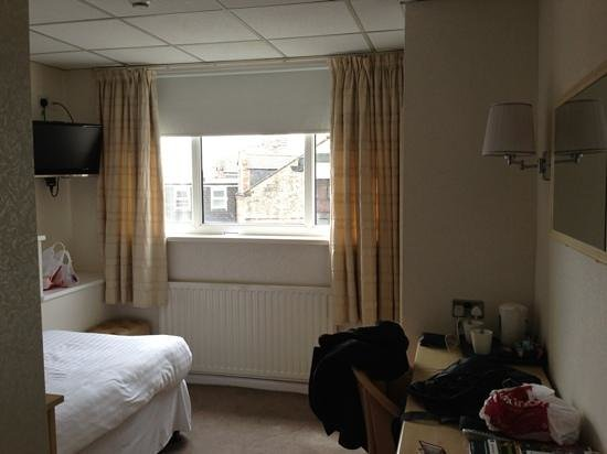 BEST WESTERN New Kent Hotel: Single room.