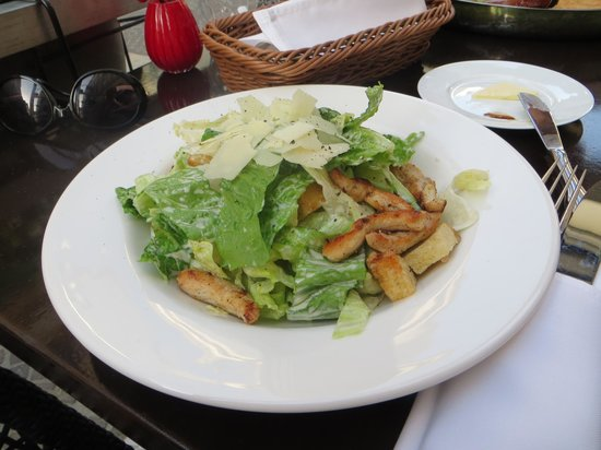 Nad'or Boutique Bistro: Ceasar salad