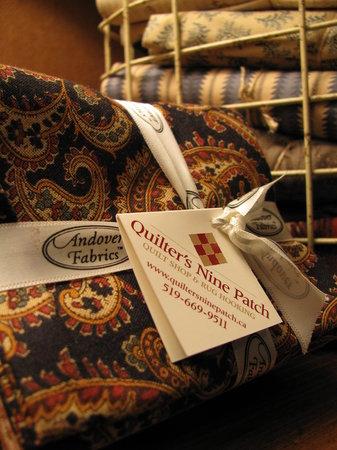 Quilter's Nine Patch Quilt Shop : getlstd_property_photo