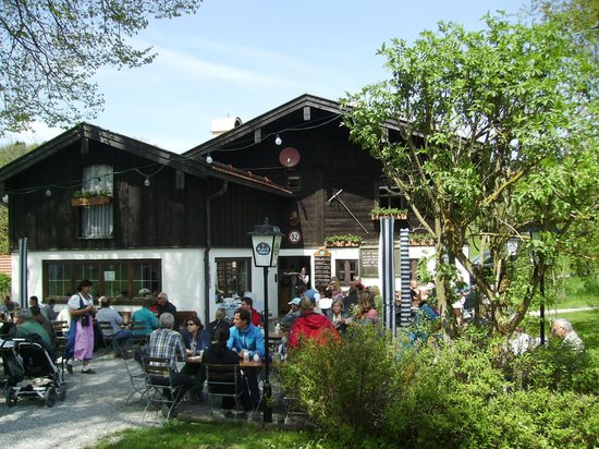 Seehausen am Staffelsee, Niemcy: Ahndl in Murnau