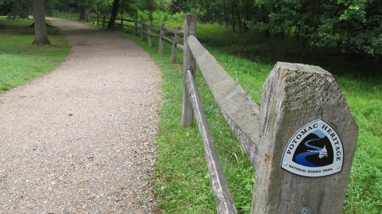 Potomac Heritage National Scenic Trail: stretch in Great Falls Park- Virginia