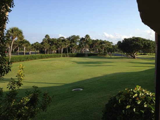 Ocean Village: Golf course