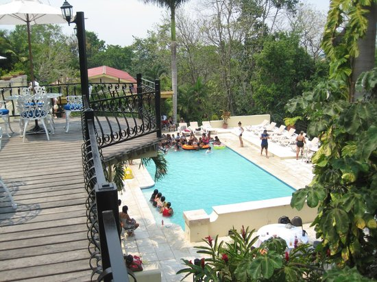 san ignacio chat rooms San ignacio resort for a convenient and luxurious base camp in the cayo district, this family-friendly resort offers everything travelers need to make adventure easy.