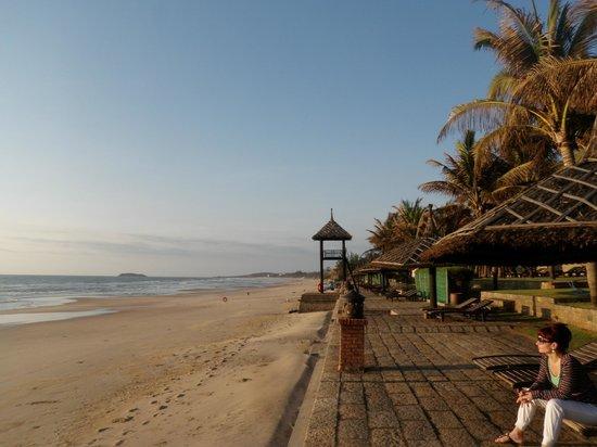 Pandanus Resort: Strand