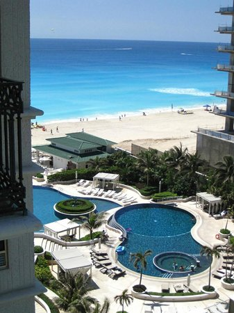 Sandos Cancun Luxury Resort : view from room