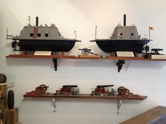 North Carolina Maritime Museum at Southport : model ironclads