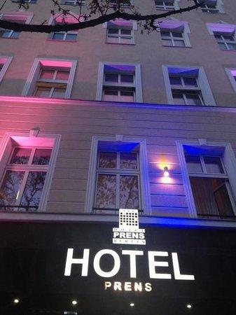 Hotel Prens Berlin: Lägg till en bildtext