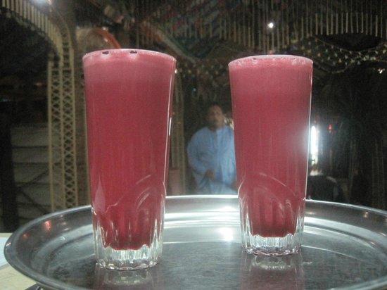 Nubian Palace Coffee Shop: delicious cold karkadee