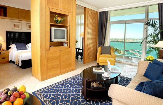 Classic Suite- Beach Rotana Suites