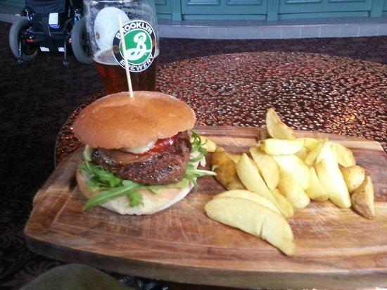 The Ivy house: impressive burgers