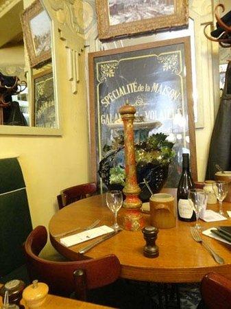 Au Terminus du Chatelet: Table sympathique
