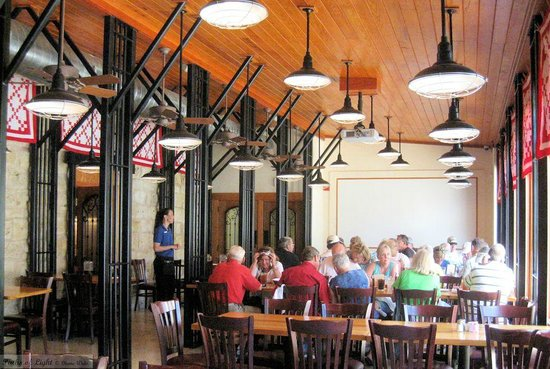 Uptown Blanco Restaurant: Jail view room perfect for groups