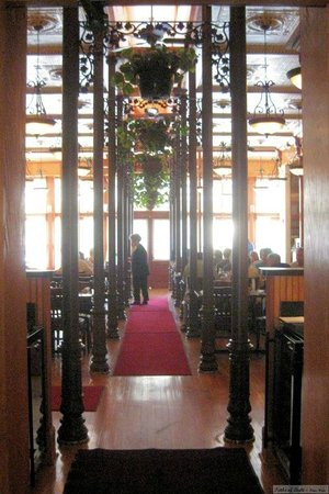 Uptown Blanco Restaurant: Main dining room