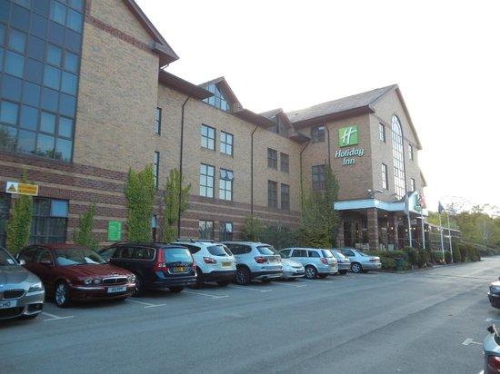 Holiday Inn Rotherham-Sheffield M1, Jct. 33: Hotel car parking (partial).