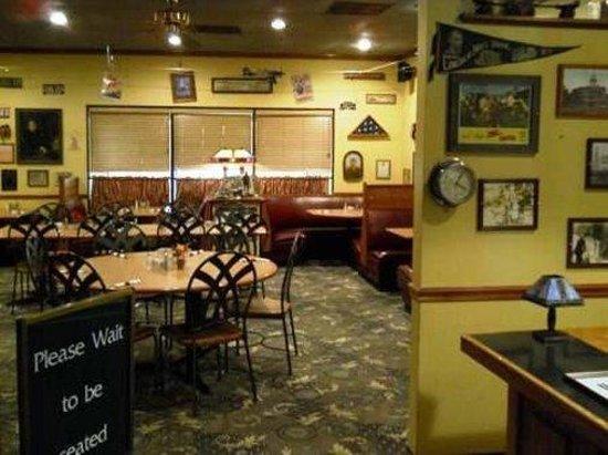 FairBridge Inn Express at Windsor Oaks: DININGAREA