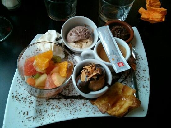 Passy Grill : cafe gourmand