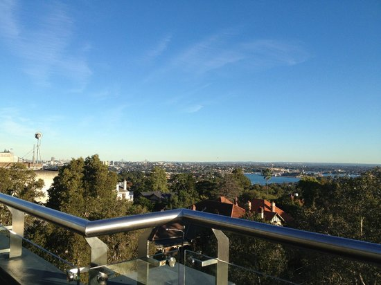 Hotel Urban St Leonards: Great views across Sydney!