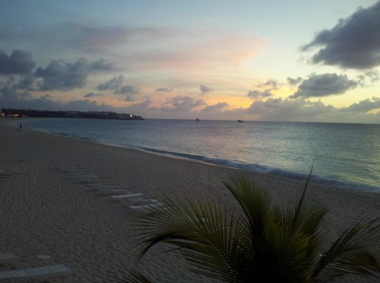 Carimar Beach Club : one of our many sunsets at Carimar