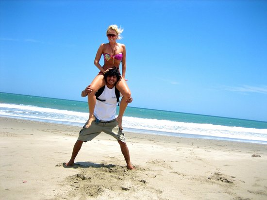 Palosanto Backpackers: I love Mancora Peru