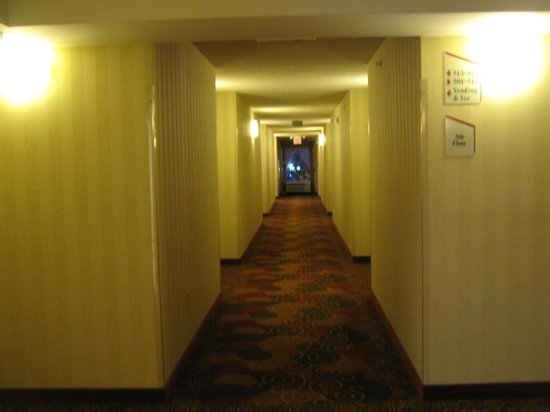 La Quinta Inn & Suites Pigeon Forge: 5th floor hall