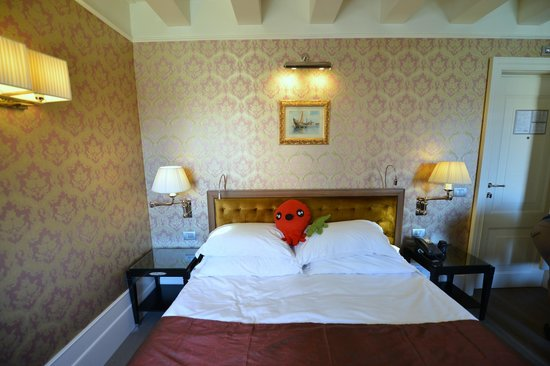 Hotel Moresco: Great bed