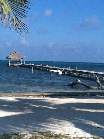 Sunset Beach Resort: View of the beach, dock and palapa