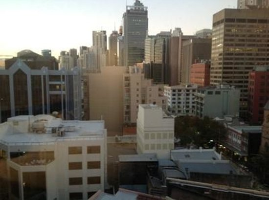 Rendezvous Hotel Sydney Central: View of City from Window