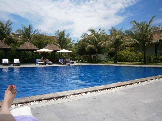 Ana Mandara Hue: Main Pool area